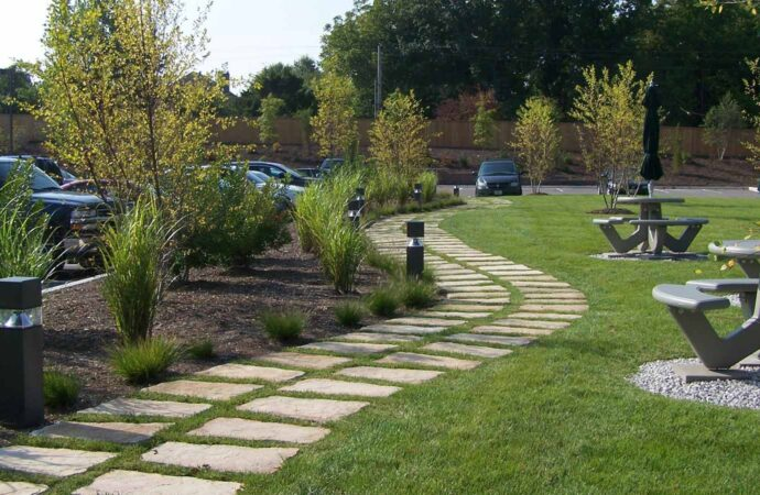 Commercial Landscaping-Houston TX Landscape Designs & Outdoor Living Areas-We offer Landscape Design, Outdoor Patios & Pergolas, Outdoor Living Spaces, Stonescapes, Residential & Commercial Landscaping, Irrigation Installation & Repairs, Drainage Systems, Landscape Lighting, Outdoor Living Spaces, Tree Service, Lawn Service, and more.