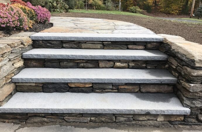 Humble-Houston TX Landscape Designs & Outdoor Living Areas-We offer Landscape Design, Outdoor Patios & Pergolas, Outdoor Living Spaces, Stonescapes, Residential & Commercial Landscaping, Irrigation Installation & Repairs, Drainage Systems, Landscape Lighting, Outdoor Living Spaces, Tree Service, Lawn Service, and more.